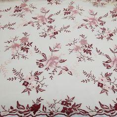 baf121f06 13 melhores imagens da pasta tule bordado | Lace, Shades e Alon ...