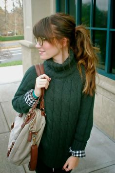 green turtleneck sweater Love the cuffs peaking out of the sleeves even though its turtleneck!