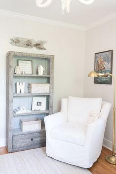 So here's the deal with the way Watson's nursery was originally set up . I really loved the arrangement, but I always had a little issue wi...