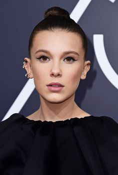Millie Bobby Brown attends the 75th Annual Golden Globe Awards in Los Angeles, California (2018)