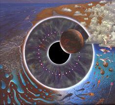 """álbum duplo """"P.U.L.S.E"""",Ilustração da capa - um disco imitando um globo ocular, com um sol sofrendo eclipse substituindo a íris - trazia escondida algumas imagens referentes ao filme, como a silhueta de uma garota com sapatos vermelhos (Dorothy), a silhueta do Homem de Lata e a bicicleta da Bruxa Avarenta."""
