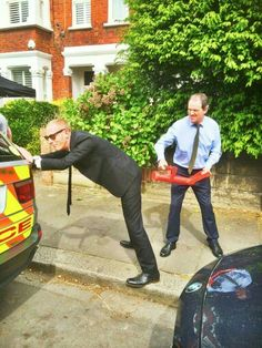 """Behind the scenes of """"Lewis"""" season 8 from Laurence Fox's Twitter feed."""