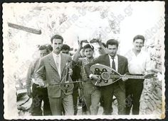 Greece Pictures, Crete Greece, Vintage Pictures, Old Photos, Fictional Characters, Art, Musik, Old Pictures, Art Background