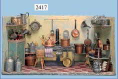 German Puppenküche, tin plate, ca. Vitrine Miniature, Miniature Rooms, Miniature Kitchen, Miniature Furniture, Barbie Miniatures, Dollhouse Miniatures, Victorian Dolls, Antique Dolls, Built In Cupboards