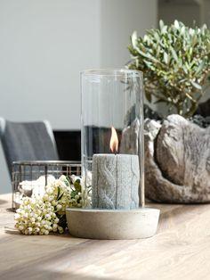 DIY   Windlicht aus Beton und Glas