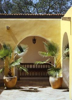 Hacienda Style color out/ white inside