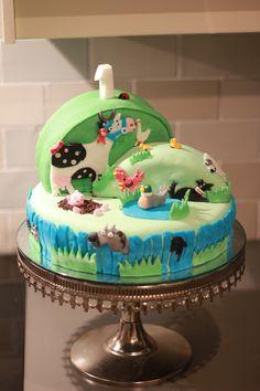 Percy's - What the ladybird heard - birthday cake