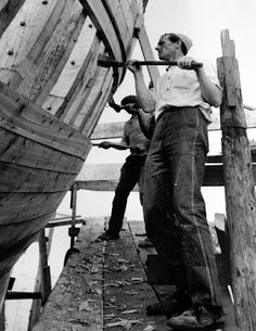 Tour Scotland Photographs: Old Photograph Boat Builders Anstruther Fife Scotland Fife Scotland, Scotland History, Paint Photography, Best Boats, Boat Building, Vintage Photographs, Old Photos, Sailing, Scenery