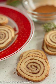 Zimtschnecken-Kekse   Ein raffiniertes Last-Minute Plätzchen   #kekse #weihnachten #weihnachtsrezepte #cinnamonandcoriander #zimtschnecken #christmascookies #plätzchen  #plätzchenrezept