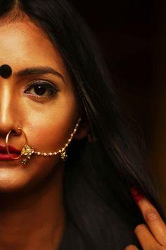 Teen Girl Photography, Self Portrait Photography, Photography Poses Women, Beauty Photography, Indian Photoshoot, Saree Photoshoot, Girl Photo Poses, Girl Photos, Indian Aesthetic