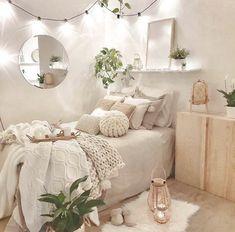 Cute Bedroom Decor, Room Design Bedroom, Small Room Bedroom, Room Ideas Bedroom, Small Rooms, Wall Decor, Diy Bedroom, Bedroom Inspo, Dream Bedroom