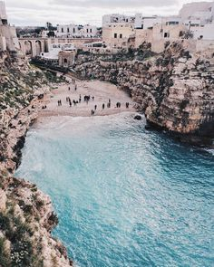 The Essential Beach Travel Guide. Travel is one of those things which helps you to grow as an individual. It enhances your understanding of things and helps you see the marvel and charm of Oh The Places You'll Go, Places To Travel, Travel Destinations, Places To Visit, Travel Europe, Wanderlust Travel, Reisen In Europa, Travel Aesthetic, Adventure Is Out There