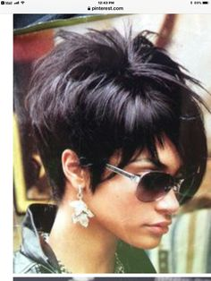 New nails cute haircuts Ideas Short Hair With Layers, Short Hair Cuts For Women, Layered Hair, Choppy Layers, Short Cuts, Funky Short Hair, Summer Hair Cuts Short, Cute Hairstyles For Short Hair, Bob Hairstyles