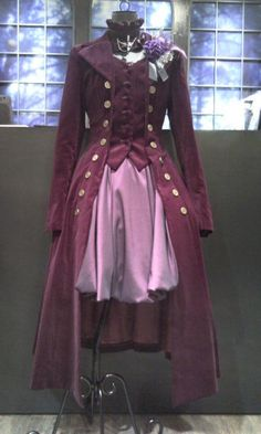 """pardonmybloomers:    lecafeshop:    atelier boz    There is a girl I work with at my haunted house who I know would adore this coat. Then again, there are a LOT of us in the cast that would adore this coat. Beth, can I get a """"yes please""""?"""