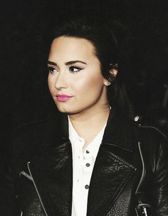Demi is looking good.love her on X~Factor~