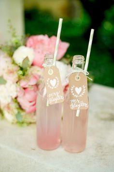 Drink escort cards #weddingideas #outdoorwedding #gardenwedding #escortcard #weddingreception