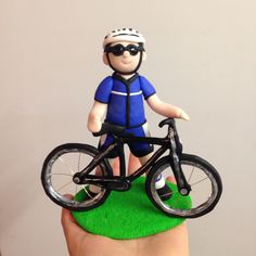 Happy 40th Phil #40 #birthday #cake #topper #keepsake #cyclist #bicycle #celebrations 40th Birthday Themes, 40 Birthday, Cupcakes For Men, Giant Cupcakes, Bicycle Party, Bike Cakes, Sport Cakes, Happy 40th, Personalized Cake Toppers