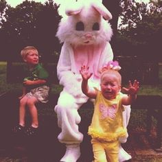 OMG, this bunny is definitely stealing souls. | 21 Disturbing Easter Bunny Photos That Will Send Chills Down Your Back