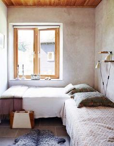 fromscandinaviawithlove:    A home in Sweden.  Photo byKarin Björkqvist for Hus & Hem.