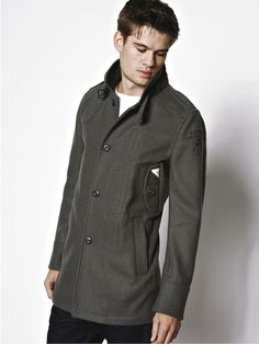 men 39 s trench coats jackets on pinterest trench coats burberry an. Black Bedroom Furniture Sets. Home Design Ideas