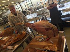 How to cut a ham