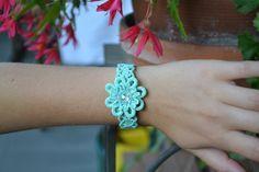 Acquamarine au crochet bracelet bracelet fleur par HanciCrochets