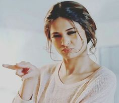 Dp by shao Angry Girl, Jennifer Winget Beyhadh, Tashan E Ishq, Front Hair Styles, Indian Tv Actress, Stylish Girl Images, Jennifer Love, Girls Image, Celebs