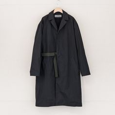ROBERT GELLER - The Massimo Coat - Black | MAAS & Stacks
