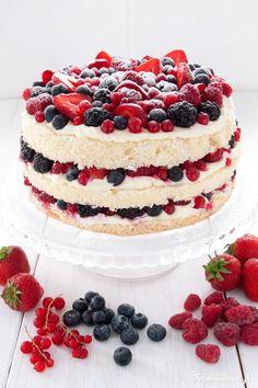 Smoothie z kiwi, pietruszki i pomarańczy - Fotokulinarnie Bolo Nacked, Forest Fruits, Summer Cakes, Food Cakes, White Chocolate, Tiramisu, Cake Recipes, Cheesecake, Cooking Recipes