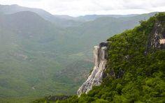 Wasserfälle von Hierve el Agua aus der Ferne