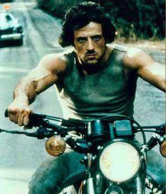 "#Celebrities  #SylvesterStallone en ""Acorralado"", 1982"