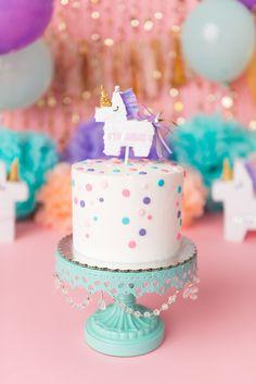 Mini unicorn pinata cake topper for fun unicorn bridal shower Unicorn Pinata, Unicorn Cake Topper, Unicorn Party, Rainbow Unicorn, Cake Pops, Cake Smash, Cupcakes, Cupcake Cakes, Unicorn Birthday Parties