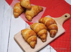gluténmentes croissant recept Raw Food Recipes, Gluten Free Recipes, Healthy Recipes, Sin Gluten, Free Food, Meal Prep, Food To Make, Dairy Free, Food And Drink