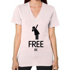 V-Neck (on woman)/Free Be (Black Icon) Light pink TNT-SHIRT