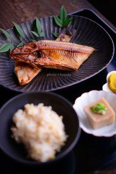 花ヲツマミニ 「焼き魚定食」 Misosiru04.jpg
