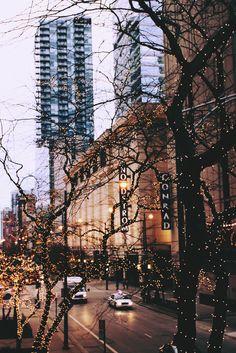 Penny's familie viert Kerstmis in New York. Voor Penny is dit een hemels gevoel. Voordat ze vertrokken is er namelijk veel gebeurd in Brighton wat ze het liefst van al vergeet. Wanneer ze te weten kwam dat ze Kerst ver weg van al die problemen zou vieren, was ze  dolgelukkig. Aangezien dit ook haar favoriete feestdag is kon het niet meer stuk.