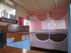 Folding caravan with loads of crochet Vintage Campers Trailers, Vintage Caravans, Camper Trailers, Travel Trailers, Caravan Makeover, Caravan Renovation, Happy Campers, Caravan Bunk Beds, Shasta Camper