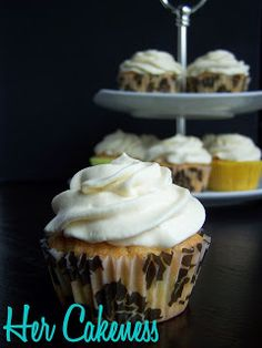 Her Cakeness: Apple Toffee //  Apfel-Toffee-Cupcakes