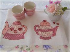 http://lavandaelilla.blogspot.com.br/search?updated-max=2013-06-09T10:31:00+02:00