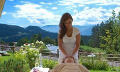 Classic and therapeutic massages: Dorn Breuss, Cranio Sacrale, Shiatsu