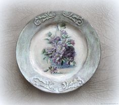 Картины цветов ручной работы. Декоративная тарелка из старого сундучка. Надежда (DIna55). Ярмарка Мастеров. Декупаж тарелка, цветы сиреневые