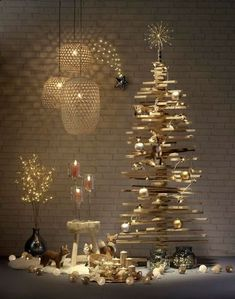 60 Best Christmas home decoration ideas - nenuno creative Luxury Christmas Decor, Wooden Christmas Decorations, Christmas Trends, Vintage Christmas Ornaments, Christmas Inspiration, Holiday Decor, Christmas Hearts, Christmas Candles, Rustic Christmas