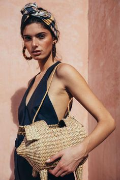 4 Beach Outfit Trends You Don't Want To Miss This Summer Look Fashion, Fashion Beauty, Fashion Tips, Beach Style Fashion, Fashion 2017, Womens Fashion, Fashion Trends, Look Festival, Scarf Styles