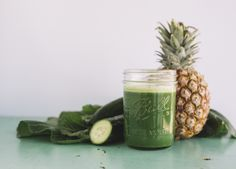 This sweet and refreshing green juice is guaranteed to improve your digestion, reduce inflammation, and hydrate your body. Whip up this nutritious blend today!