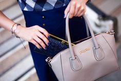 Something blue and something grey / Fashion Forward Grey Fashion, Something Blue, Michael Kors Jet Set, Style Icons, Fashion Forward, Tote Bag, How To Wear, Bags, Handbags