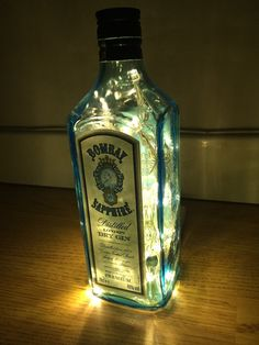 Upcycled Bombay Saphir Flasche Lampe von LightItUpLamps auf Etsy