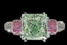 David Morris,white,pink and green diamond ring Gems Jewelry, High Jewelry, Diamond Jewelry, Bling Jewelry, Pink Diamond Ring, Green Diamond, 4 Diamonds, Colored Diamonds, Love Ring