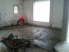 Het hoogte verschil tussen de verschillende delen van de vloer in de woonkamer is verholpen. [02-07-2013]