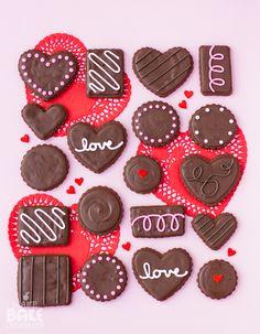 BOX OF CHOCOLATE COOKIES1