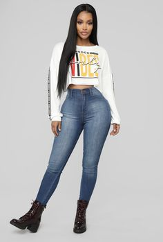 Fashion Nova Curve, Fashion Nova Tops, Fashion Nova Models, Body Suit Outfits, Black Women Fashion, Sexy Jeans, S Shirt, Mode Outfits, Women's Fashion Dresses